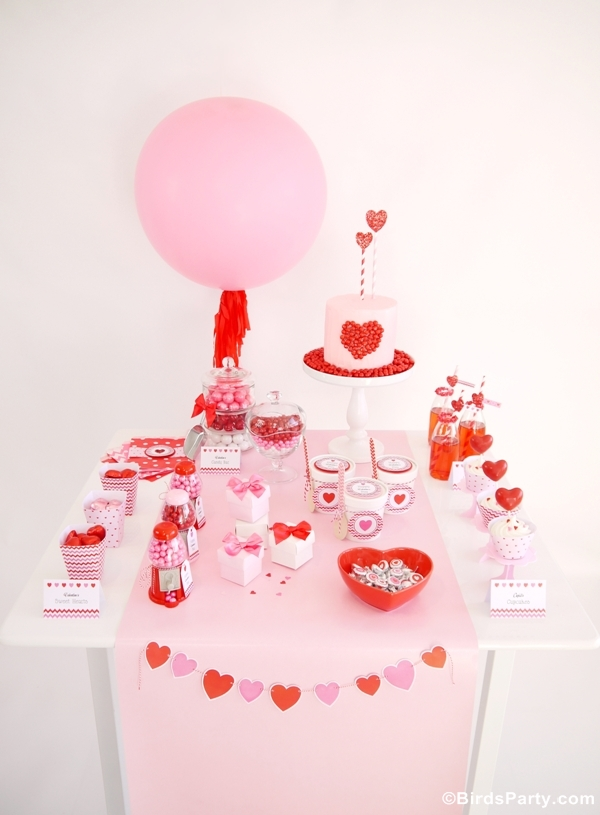 Sweet Heart Valentine's Day Dessert Table & Printables - Bird's Party