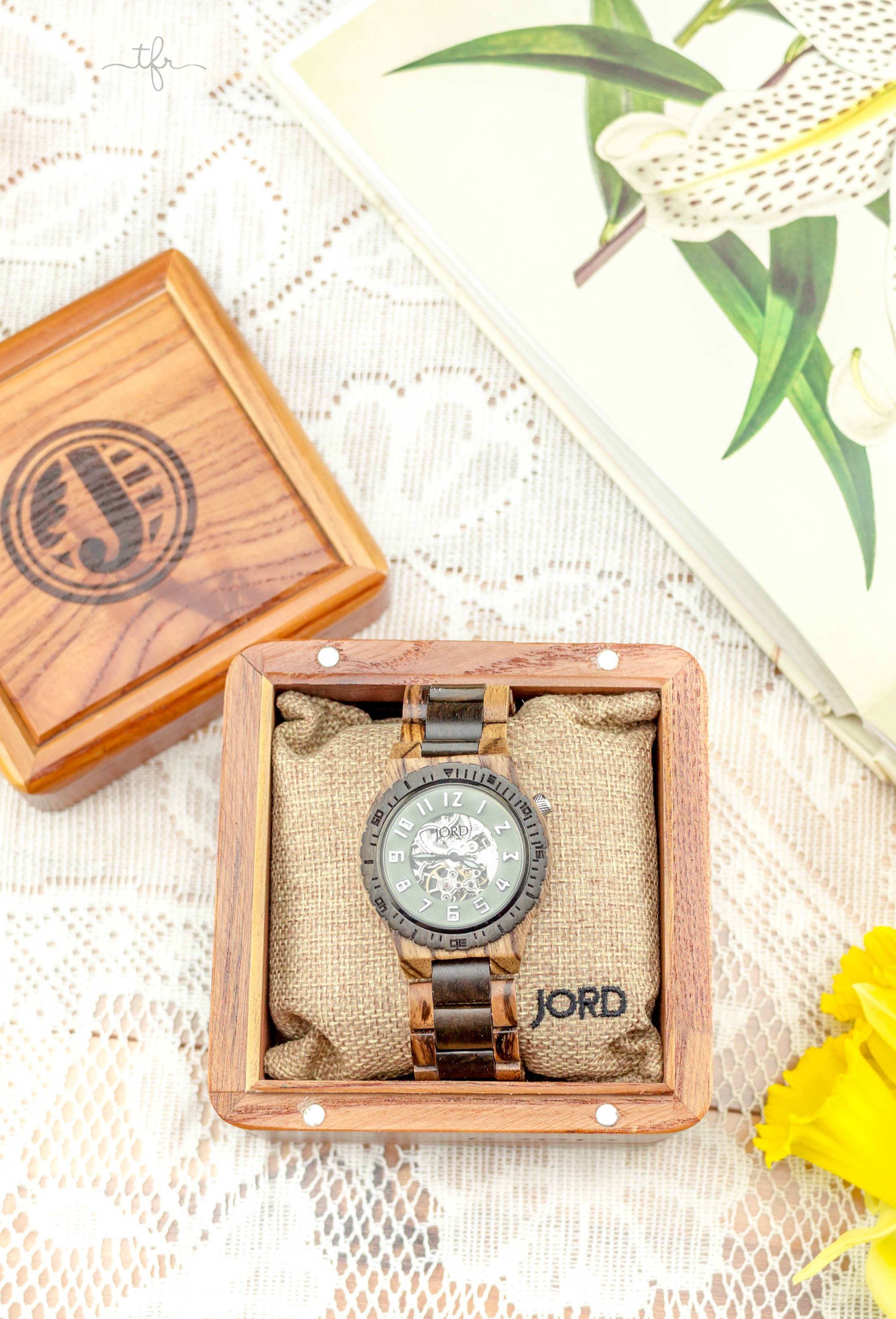 It's Finally Time For Spring | JORD watch giveaway | angiethefreckledrose.com