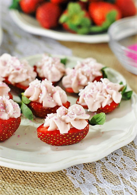 Strawberry Cheesecake Strawberry Bites | The Kitchen is my Playground